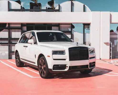 Rent Rolls Royce Cullinan 2020 in Miami