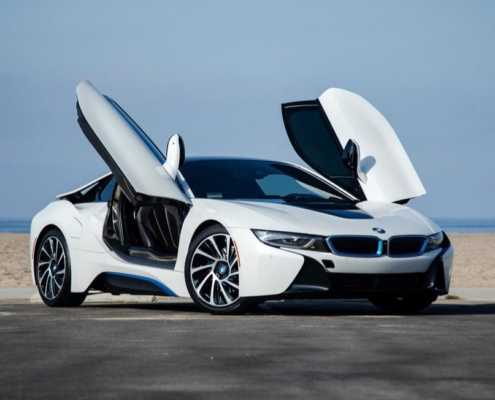 Rent BMW I8 White in Miami