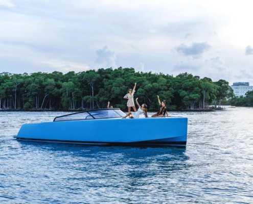 Rent Yacht 42 Vandutch in Miami