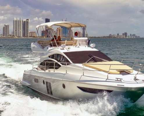 Rent 42 Azimut in Miami
